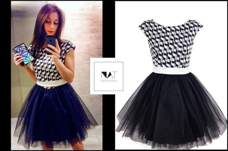 http://natfr.pl/kategoria/sukienki/alternatywna-sukienka-tiulowa-czarna-w-geometryczne-wzory