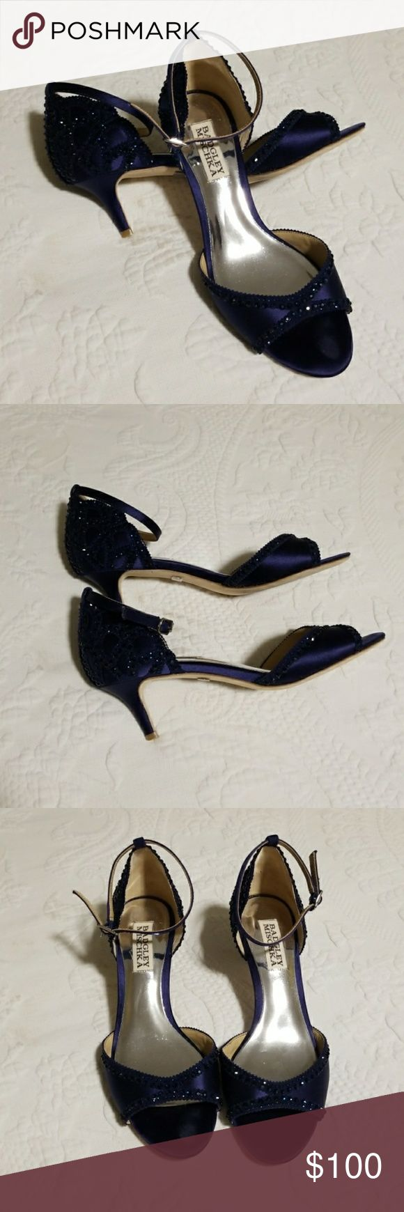 Badgley Mischka Gillian Heels Blauer Badgley Mischka Gillian Abendschuh, getragen auf …   – My Posh Picks