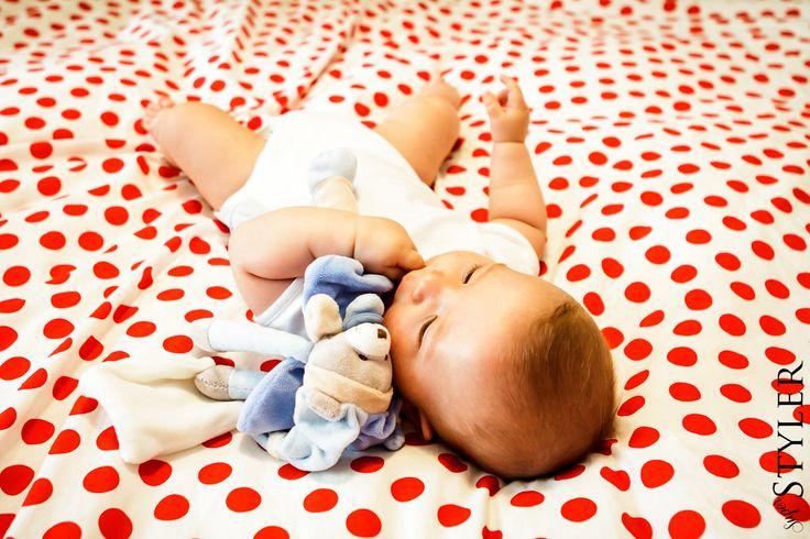 Zabawka dla niemowlaka – pierwszy pluszak