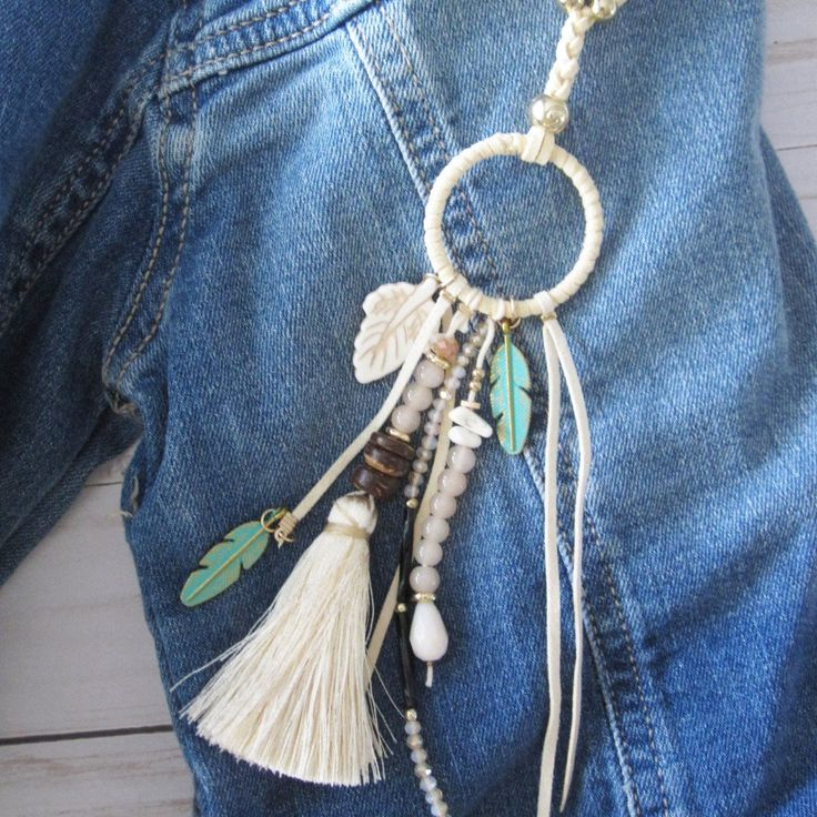 Ivory Tassel and Feather Necklace - Extra long – glittered hippie