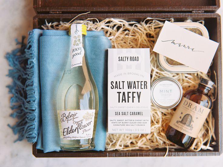 T|T custom bridesmaids gift box. Photo by Lauren Kinsey.