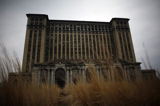 the historical roots of detroit's ruins