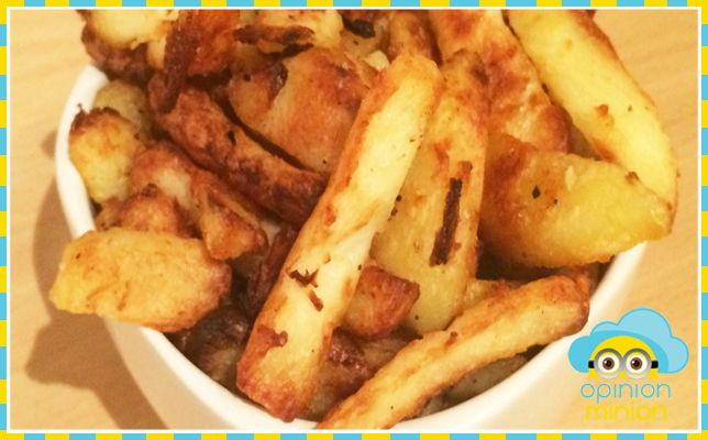 SYN FREE CHIPS (SLIMMING WORLD VEGETARIAN)  If you're anything like me, the thought of coping with everyday life with a total absence of chips will send you into a total meltdown. Thankfully there is a healthier option that is actually syn free! If you've ever made roast potatoes (that doesn't include emptying out a bag of Aunt …
