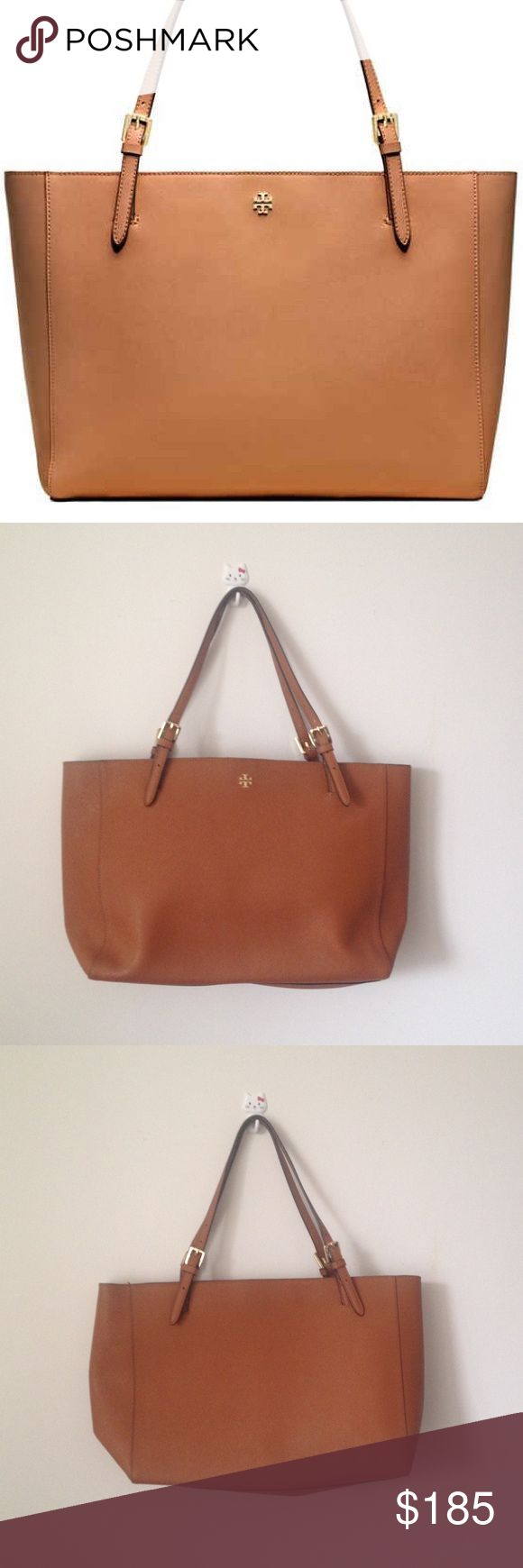 Tory Burch Large York Tote Bag Tan Quintessential York Tote from Tory Burch in great shape with light flaw to one handle end and some glitter particles in interior bottom - see pics. This is the large size with padded mid section for laptop. Offers welcomed, no trades! Tory Burch Bags Totes
