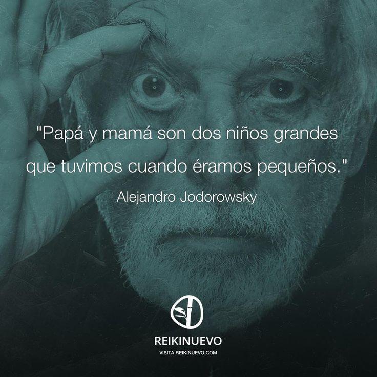Alejandro Jodorowsky: Papá y mamá http://reikinuevo.com/alejandro-jodorowsky-papa-mama/