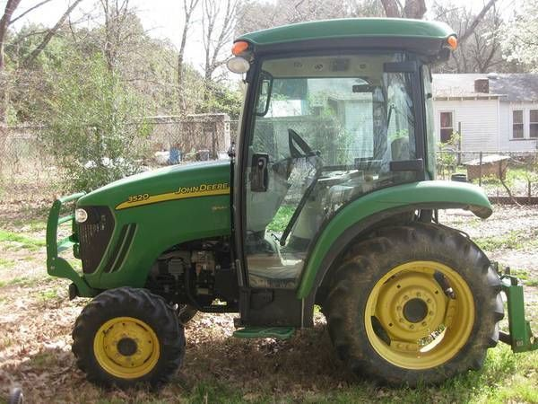 770 HRS John Deere 3520 Compact Utility Tractor | Quick Hitch Box blade COMBO