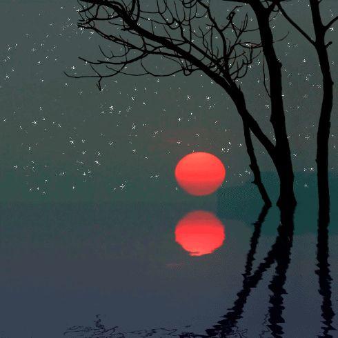 Звезды и луна гифы, днем