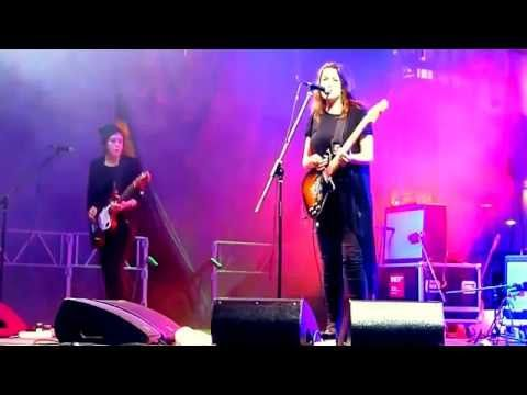 British rock group, 2 : 54 Hannah and Colette Thurlow, Music channel Mikhail Ляhovskiy - YouTube
