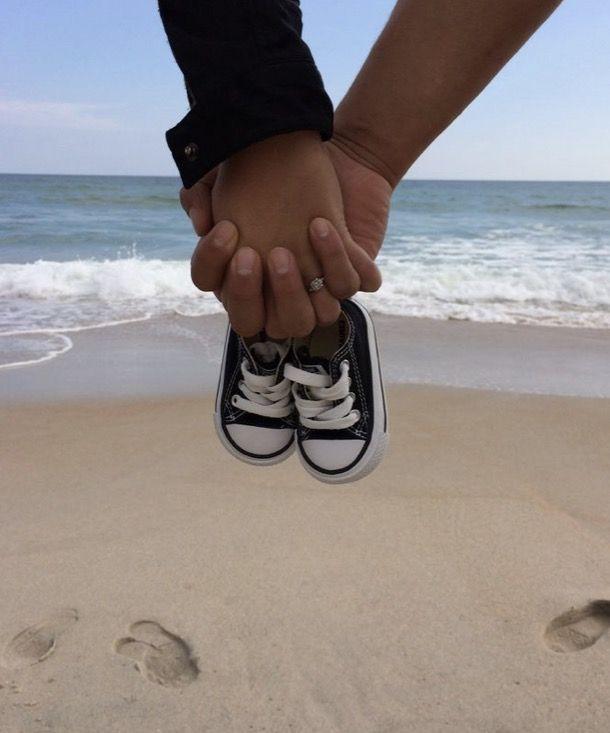 Beach pregnancy announcement!