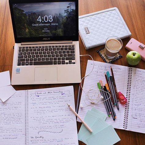 | Great Study Set-ups, desk, study time, study layout, desk design, getting ready to study