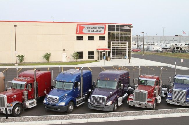 10 Best Freightliner Dealers In The Usa Freightliner Dealers Freightlinerdealers Owneroperator Trucking Freightliner Trucking Companies Tractor Trailers