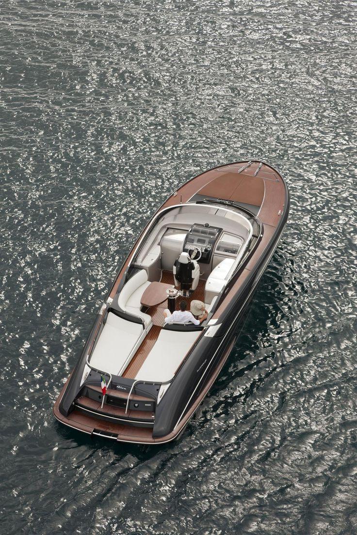 External view Riva Yacht - Rivarama Super #yacht #luxury #ferretti #riva