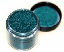 MAC pigment TEAL oooh thiss match my suede boots must have