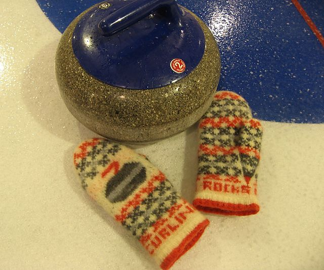 Curling Rocks Mittens by Freshisle Fibers