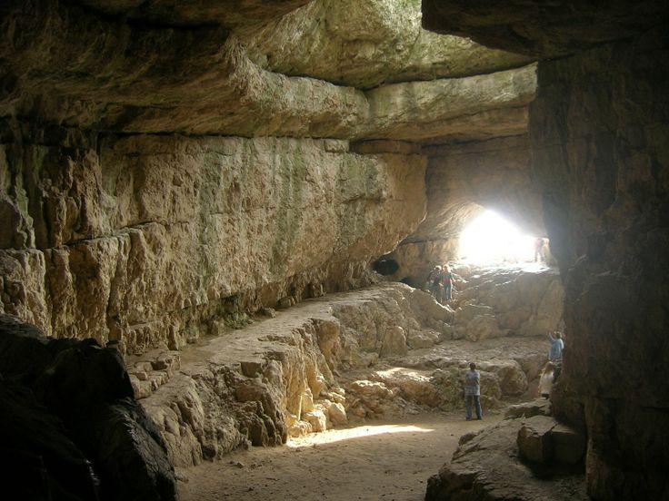 Turul- Szelim cave, Tatabanya, Hungary