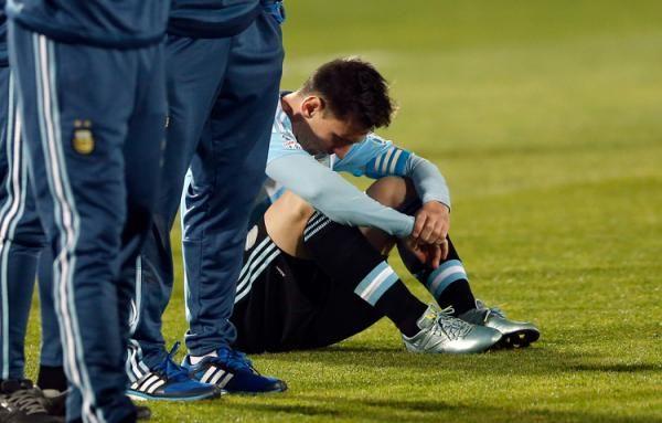 La familia de Messi, agredida en la final   Blog de la Copa América - Yahoo Deportes