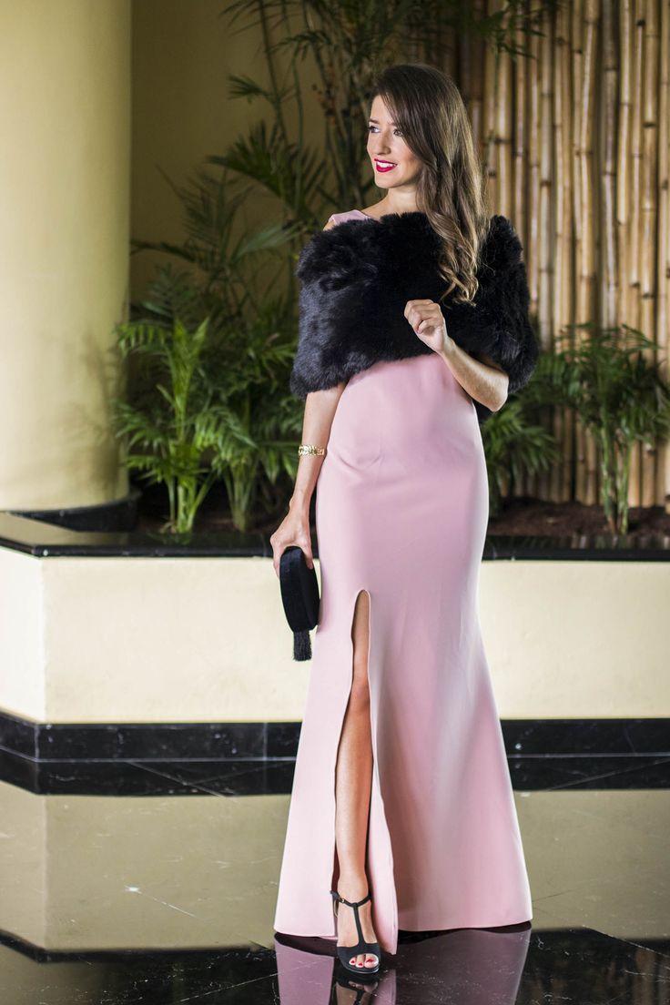 Invitada boda noche invierno estola vestido rosa largo | Shorts de 2019 | Vestido festa inverno, Vestidos e Vestido de festa