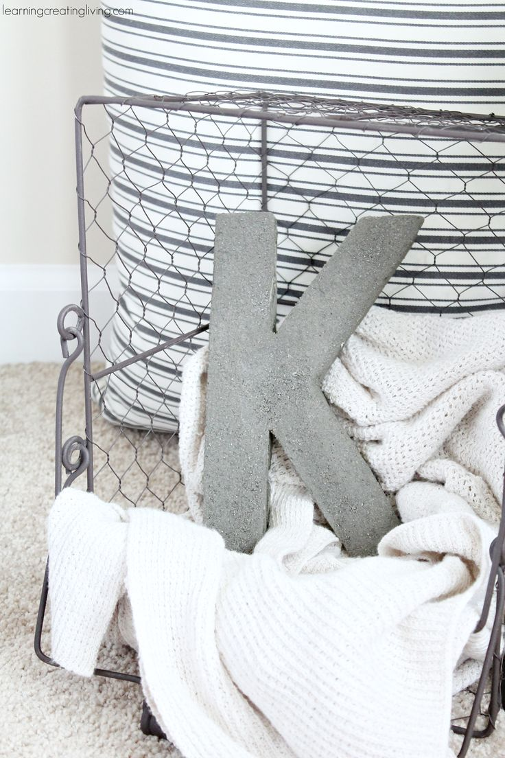 DIY Concrete Letter & Ampersand  | learningcreatingliving.com