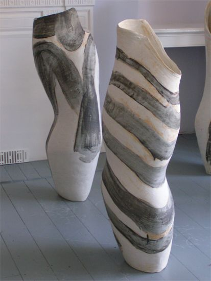 Tony Lattimer - ceramic sculpture  wax resist? or painted on glaze? fun, could use many different colors. (tree ring style)