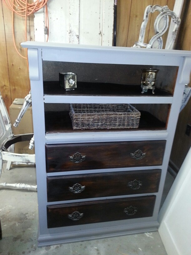 redo dresser with missing drawer 1