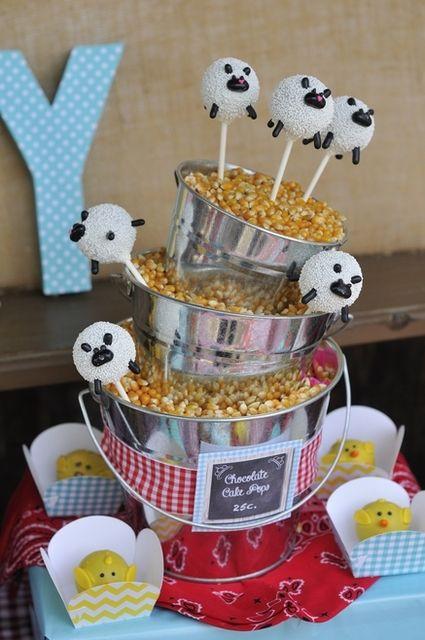 Sheep cake pops at a Farm Party #farm #party