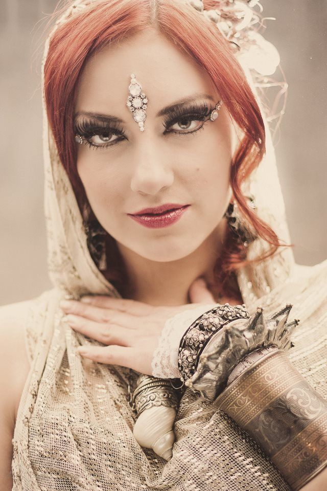 dancer: Agata Zakrzewska, photographer: Michał Sobociński, bindi: Tribal Bindi  https://www.facebook.com/tribal.bindi belly dance bindi