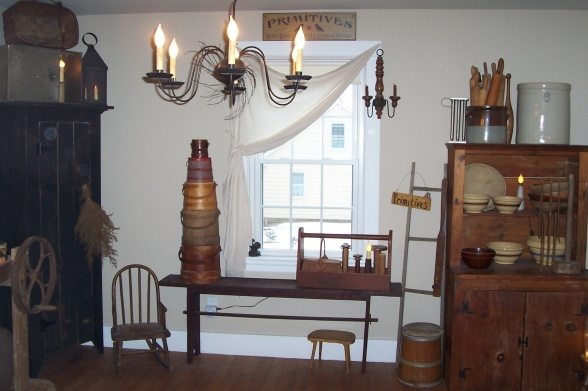 92 best primitive dining rooms images on pinterest for Primitive dining room furniture