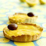 Citrontarteletter  http://www.dansukker.se/se/recept/citrontarteletter.aspx  Härliga påsk! #tartletter #easter #dessert