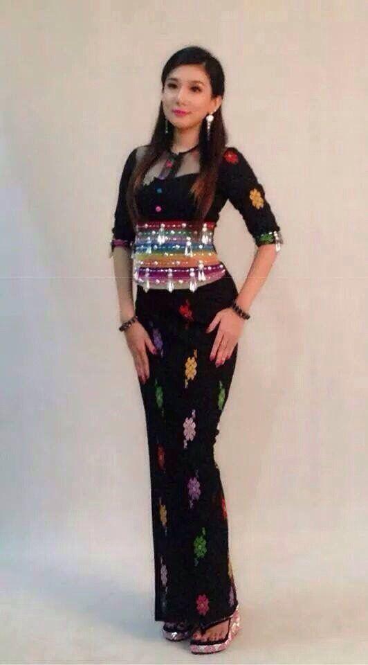 Kate Middleton Wedding Dress Cost Meghan Markle 39 S Dress