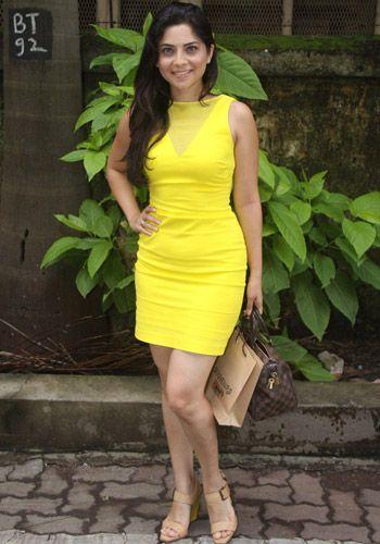 Sonalee Kulkarni | DOB: 18-May-1988 | Khadki, Maharashtra | Occupation: Actress | #maybirthdays #cinema #movies #cineresearch #entertainment #fashion #sonalee