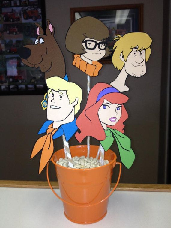 Scooby Doo Inspired Birthday Party Centerpiece -- can DIY with cardstock & printer