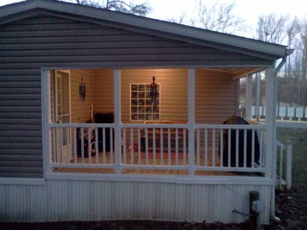 Awesome Back Porch On This Manufactured Home