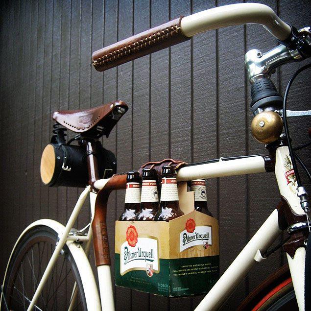 cervezas en la bici
