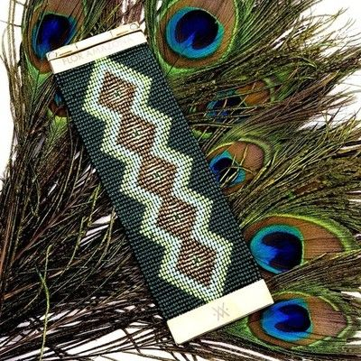 Take a peacock at the @FLOR AMAZONA Esmeralda bracelet, sure to make you stand out from the crowd! #floramazona #peacock #latinluxe #fashion ...