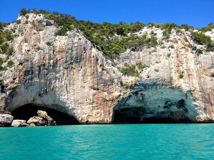 Sardaigne : louer un bateau pour découvrir le golf dOrosei