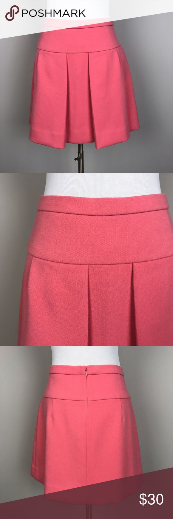 "[J Crew] Box Pleat Crepe Skirt Pink Preppy Chic 6 Heavier weight crepe skirt with elegant box pleats. Sits at waist. Hint of stretch. Zip back closure. Pink.   Waist: 15.5"" flat across Length: 16"" Condition: Excellent pre-owned condition.    *OO25 J. Crew Skirts"