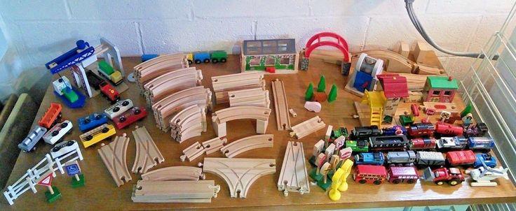 THOMAS THE TRAIN Melissa Doug Brio Imaginarium Wood Track Cars Buildings Engines