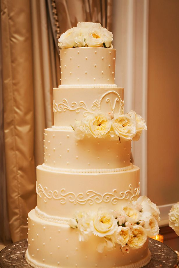 Wedding cake - Limelight Photography