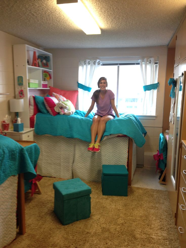 U Of Alabama Tutwiler Dorm Room Part 39