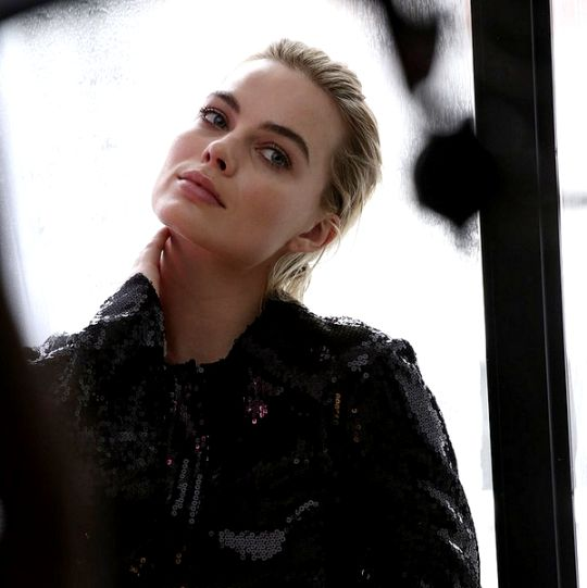 98 Best Images About MARGOT.ROBBIE On Pinterest