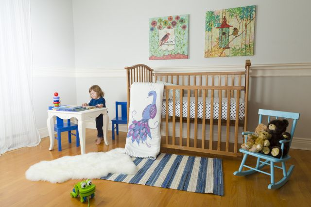 The Canadian Gift guide is making a giveaway! enter to win a full baby bedding set! #nursery