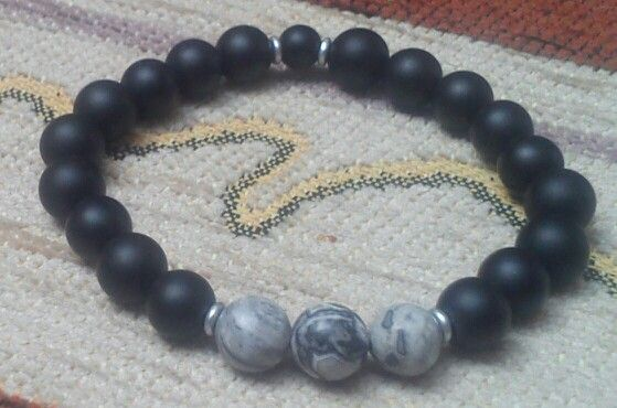 Matte black onyx, landscape gemstone - 8 mm
