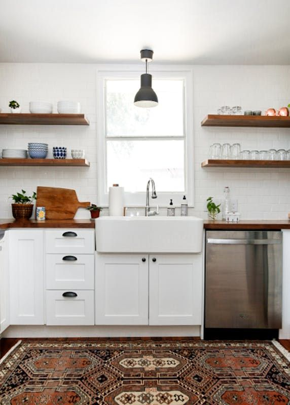 This Shaker Style Cabinet Door is Perfect for a Modern Farmhouse Style Kitchens | Apartment Therapy