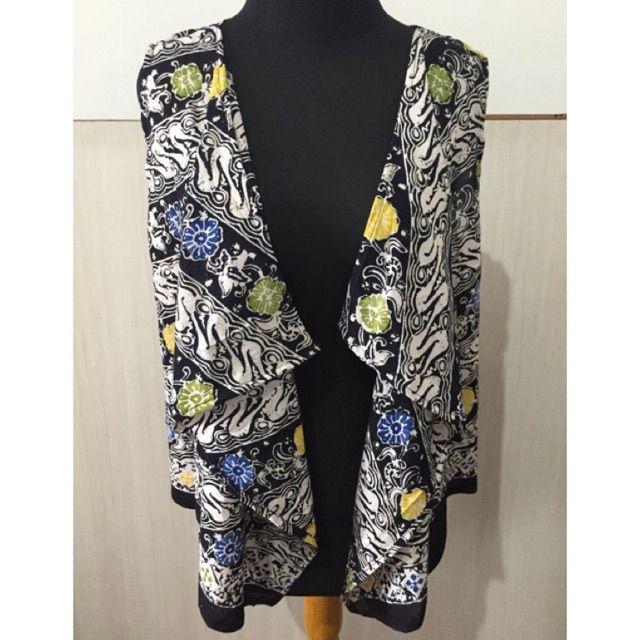 Temukan dan dapatkan Atasan batik / outer batik / cardigan  hanya Rp 125.000 di Shopee sekarang juga! http://shopee.co.id/imanggoethnic/249543584 #ShopeeID