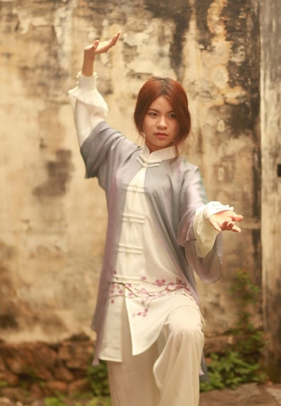 Tai Chi clothing, new style! More styles Tai Chi uniforms look up website. http://myadornart.com/products.asp?cid=173
