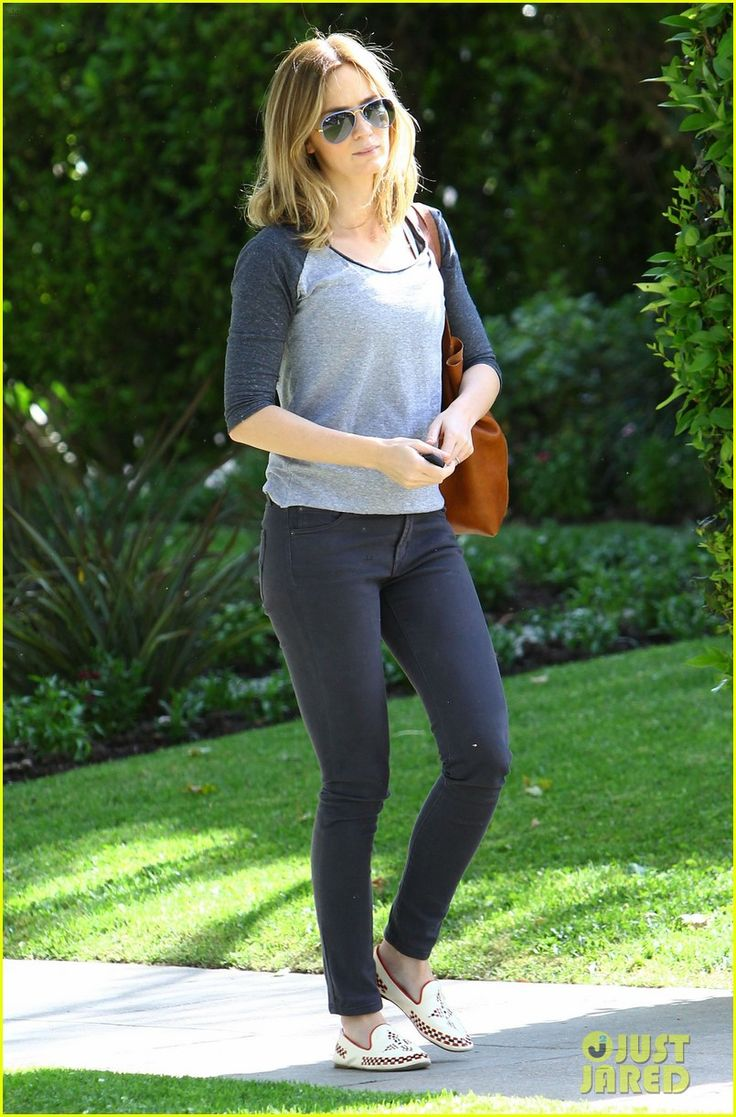 emily blunt tom cruise three countries one day 05 Emily Blunt and John Krasinski leave the gym together after a workout on Wednesday morning (May 7) in Beverly Hills, Calif.    The 31-year-old actress was seen the…