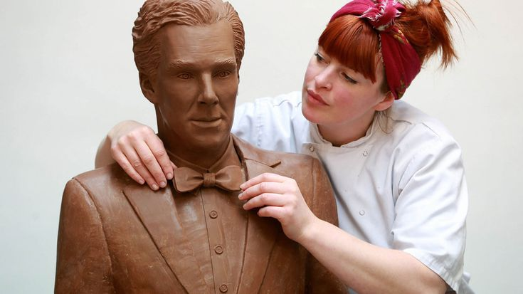 """Benedict Chocobatch! UKTV turned the """"Sherlock"""" actor into a 88 pound, 6 feet tall chocolate stud! The masterpiece took 500 melted bars to make."""