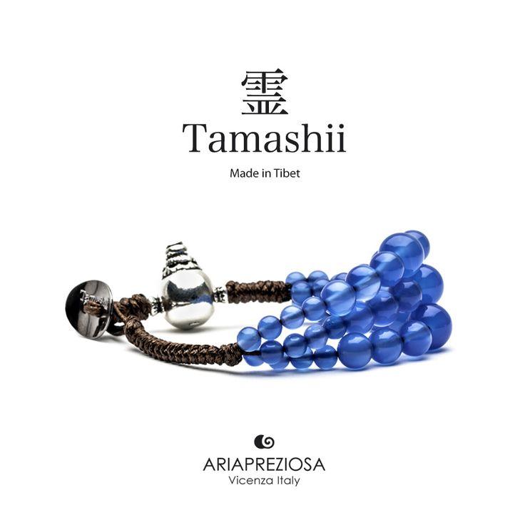 Bracciale Tamashii Dul Ba originale realizzato con pietre naturali AGATA BLU.  Composto da 3 file di pietre, simboleggia la disciplina, che nel buddismo assume l'accezione di equilibrio.
