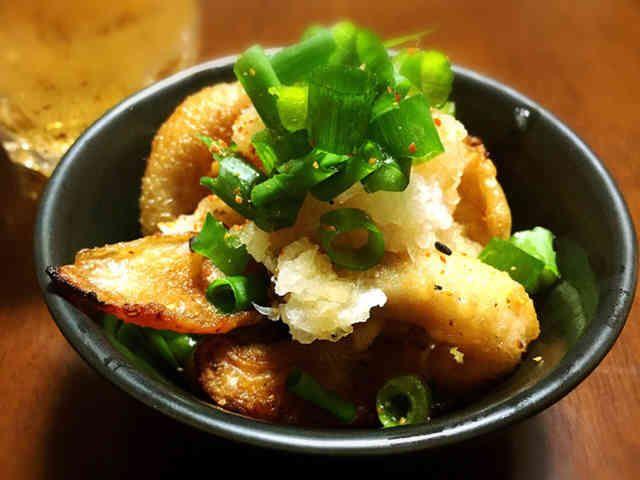 おつまみに☆カリカリ鶏皮おろしレモポン酢の画像