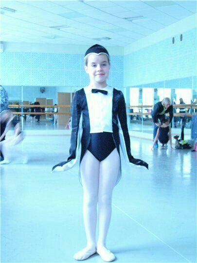 Костюм пингвина на девочку для танцев
